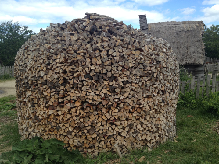 Plimoth-firewood-stack
