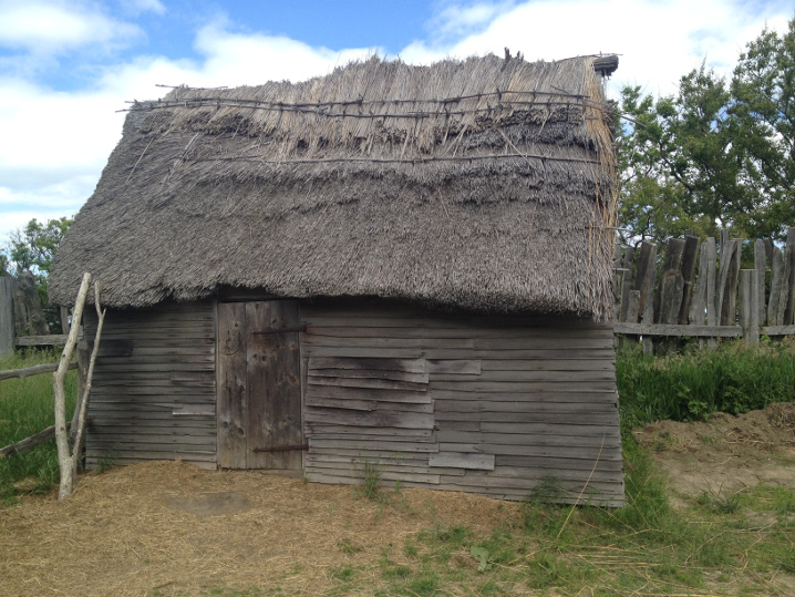 Plimoth-typical-house-2