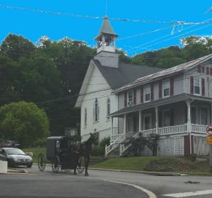 Amish-Bugyy-Church